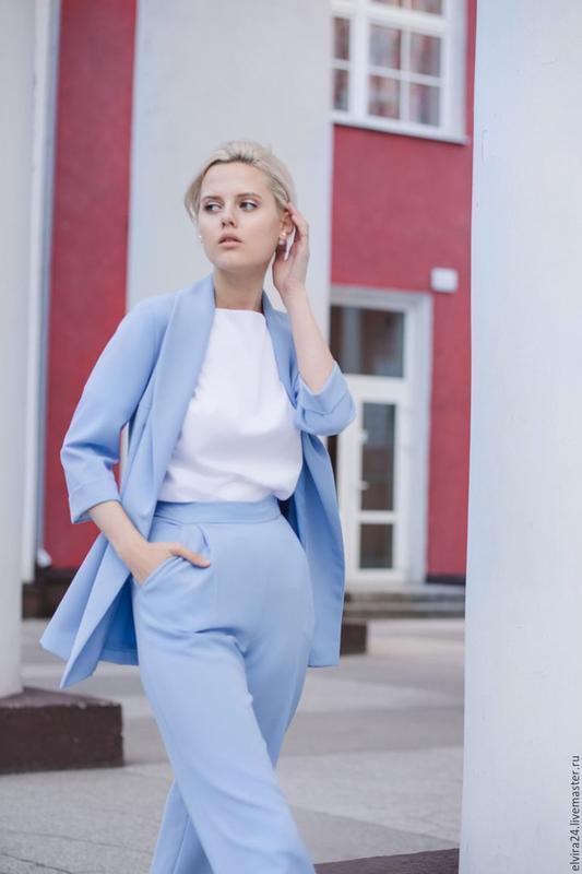 36083b82d81 Только сегодня! красивый голубой брючный костюм, цена - 399 грн ...