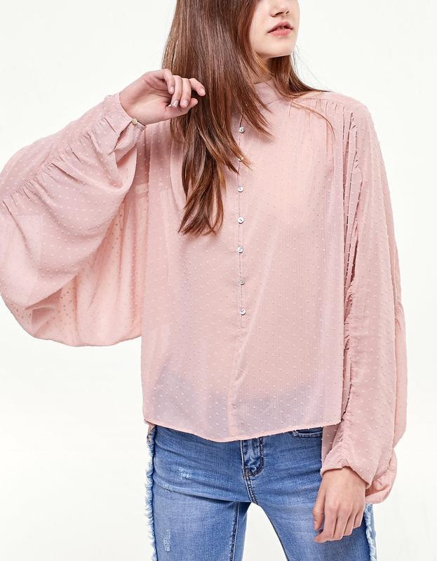 87d315d7071 Шифоновая блузка блуза нюд пудрового цвета в горошек stradivarius1 фото ...