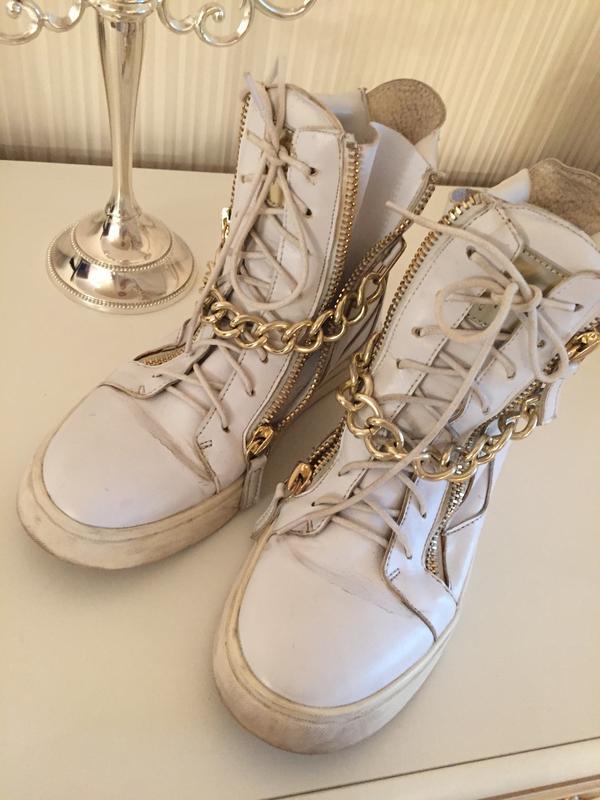 Кроссовки с цепями, цена - 250 грн, #14382870, купить по доступной цене | Украина - Шафа