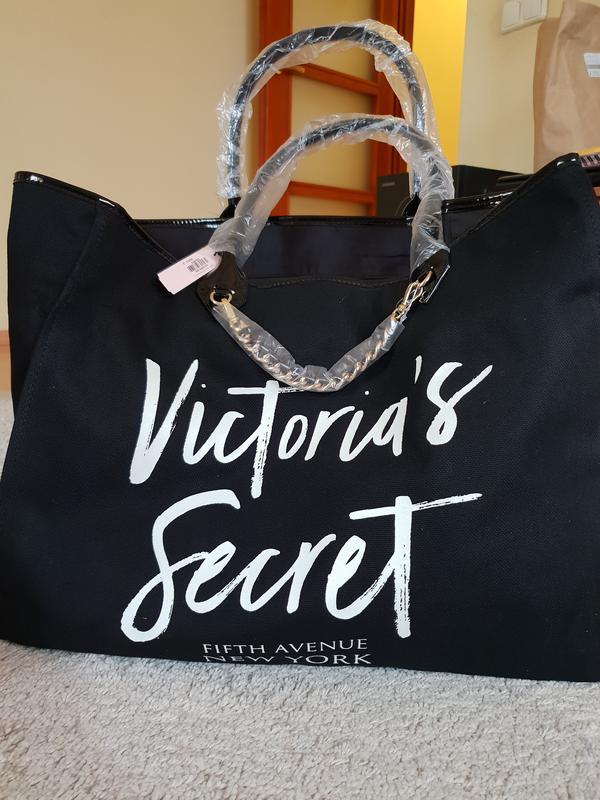51bbb26b32c95 Сумка из новой коллекции 2018 виктория сикрет Victoria's Secret ...
