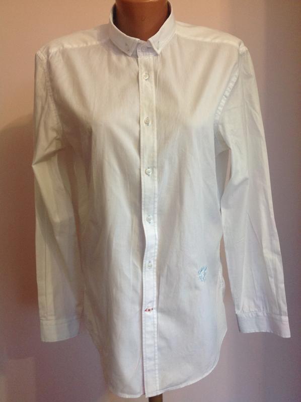 08769ab7ff5 Итальянская стильная офисная рубашка.  l  brend toss Италия