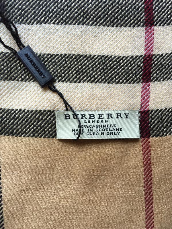 Новый большой шарф палантин burberry оригинал 100% кашемир Burberry ... a1fa2d002d5