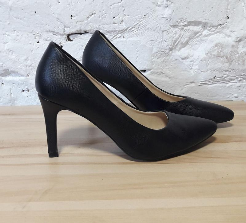 fab88cd63521 Базовые туфли лодочки F F, цена - 199 грн,  14918640, купить по ...