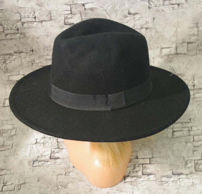 Шикарная шляпа c a1 ... 4f33c93ea3442