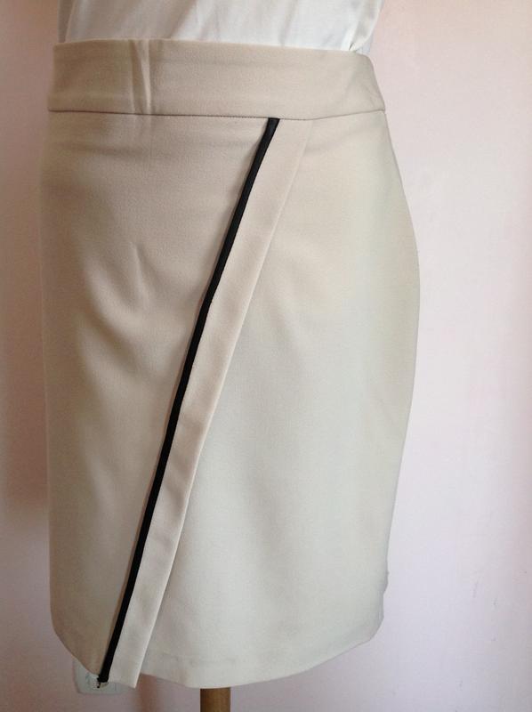 fc95ff21746 Бежевая юбка- карандаш.  италия  m 1 фото ...