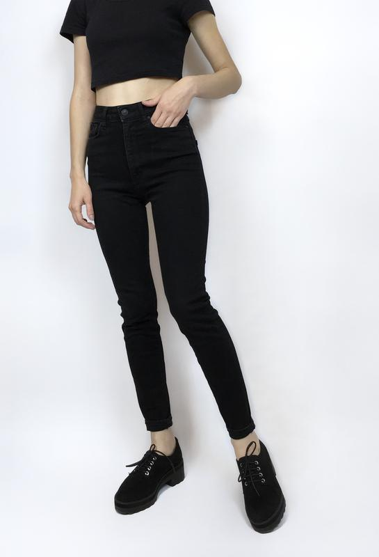 b9a14e642ef Чёрные джинсы на очень высокой посадке (с высокой талией) скинни1 фото ...