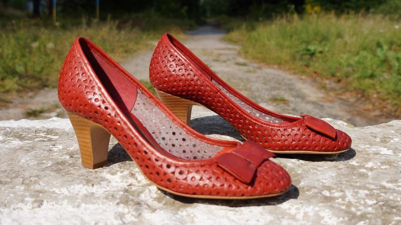 Літні шкіряні туфлі clarks Clarks f618d687f278a
