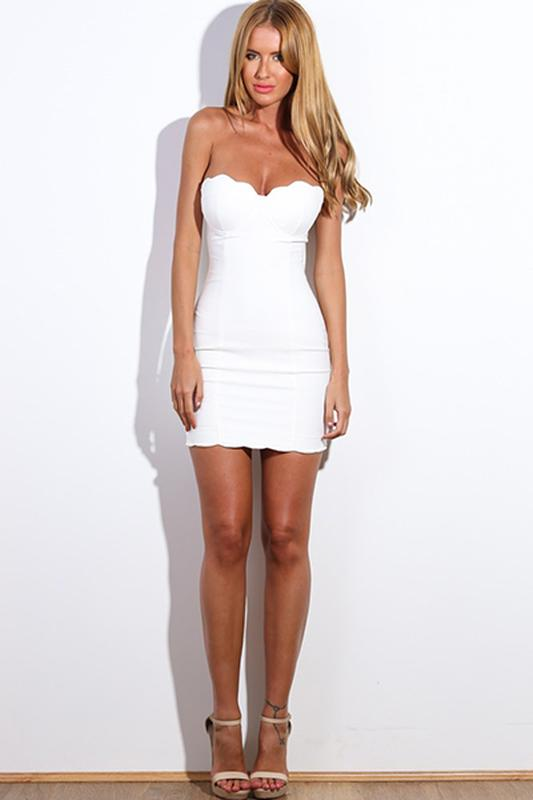 02aa2716265 Летнее вечернее нарядное белое короткое платье бюстье коктейльное выпускное  облегающее1 фото ...