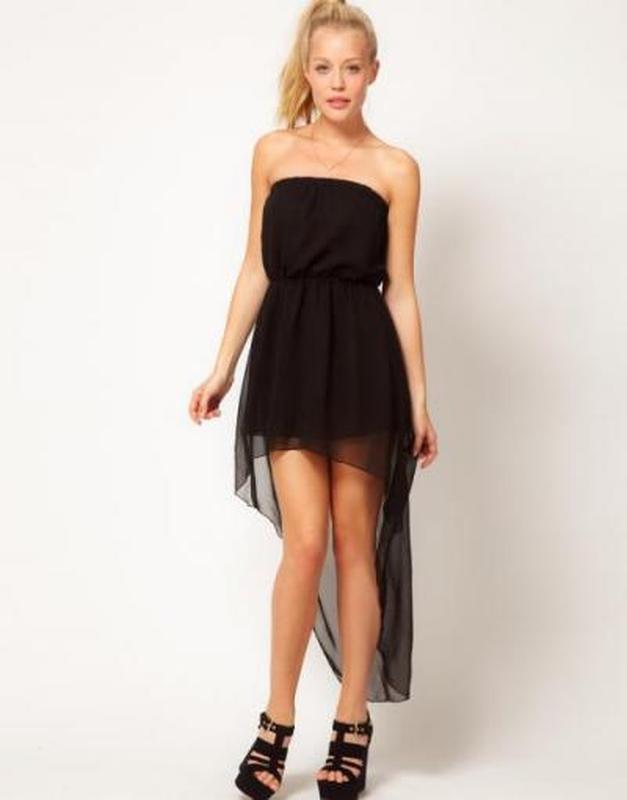 Черное платья с хвостом