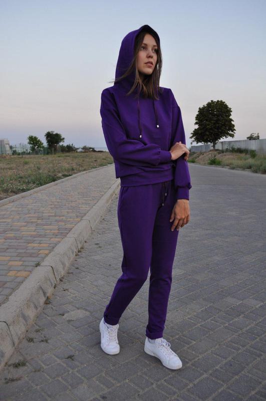e7eeb3e4 Женский спортивный костюм с капюшоном осенний фиолетовый трикотажный1 фото  ...