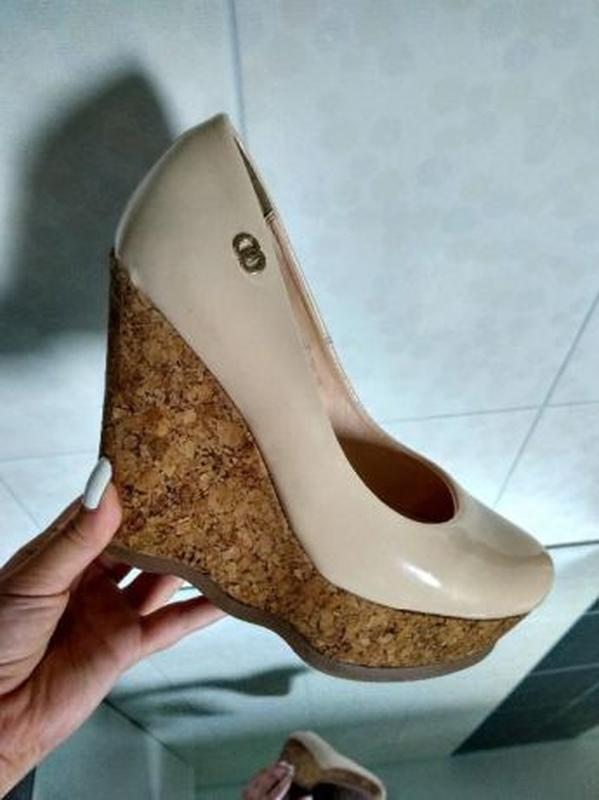 Бежеві лакові туфлі1 ... 54ec4a464c1ca