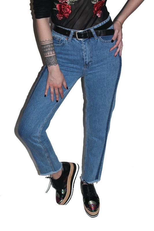 44f56245d88 Джинсы бойфренды   boyfriend mom jeans с высокой талией мам бананы1 фото ...