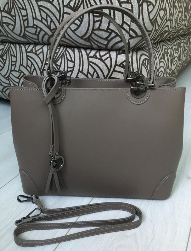 2682115346d0 Крассическая элегантная кожаная сумка в цвете кофе с молоком новинка осени1  ...