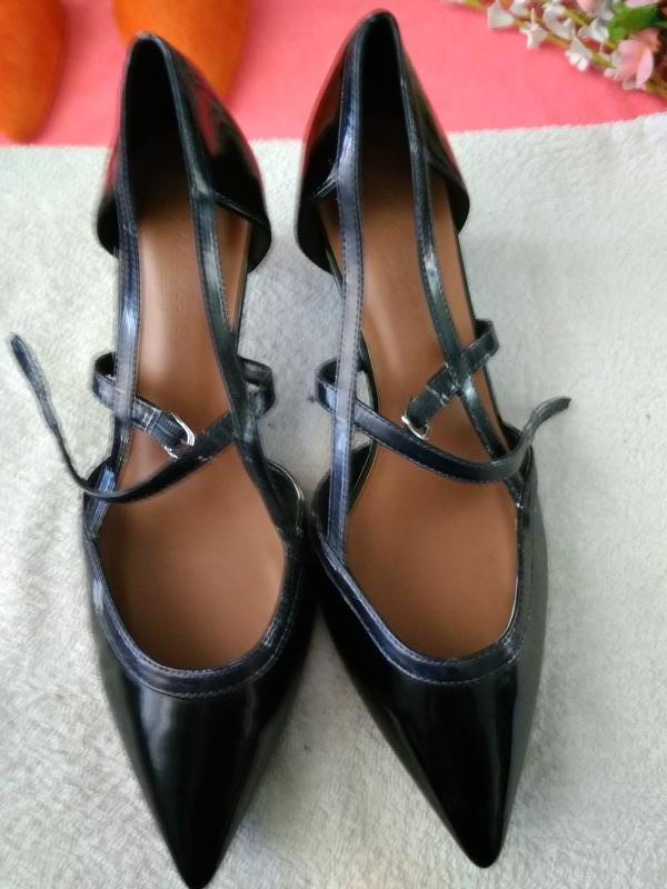 Туфлі лакові. ... 5ea35558d9021