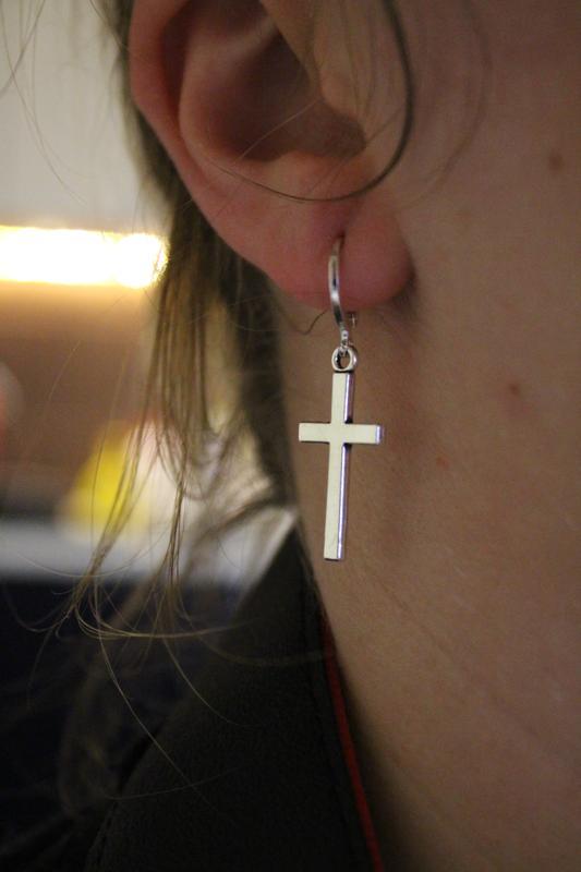 Крутые серьги в виде креста крест рок готика серёжки сережки за 40 грн. | Шафа