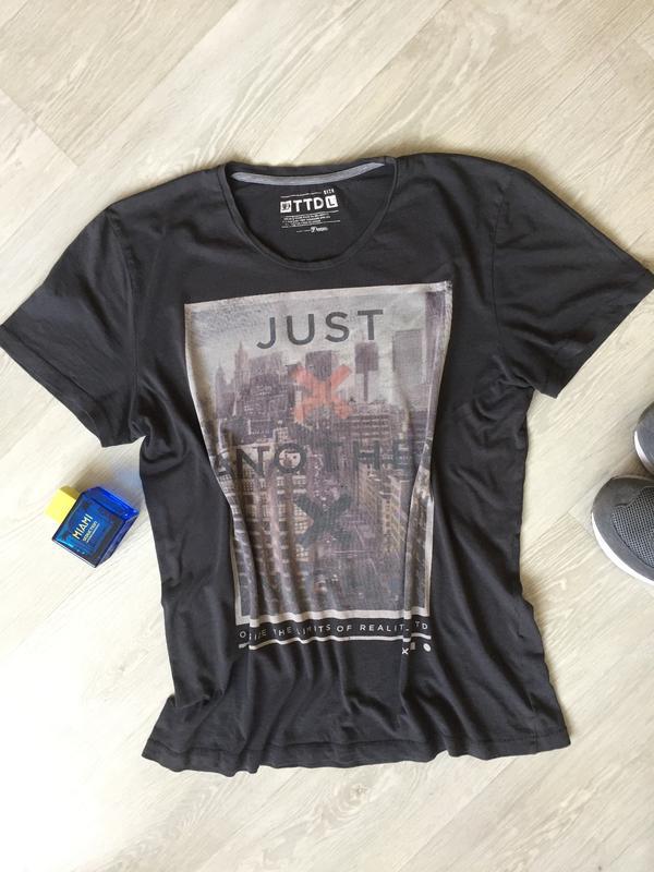 db35526fc43e9 Крутая серая футболка с принтом Denim Co, цена - 120 грн, #15658099 ...