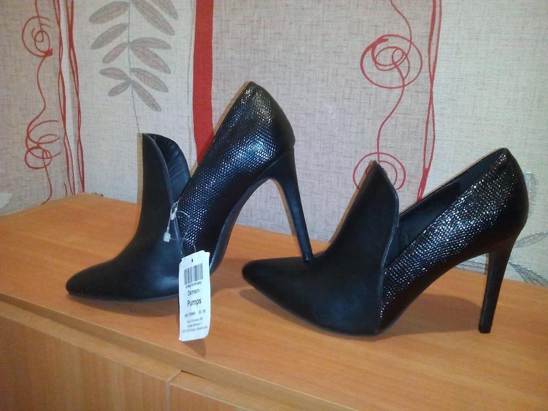 Туфли на високом каблуке1 ... 99c201bbb41fd
