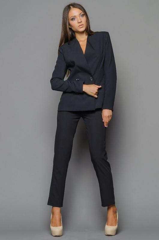 f79aab795edd Женский брючный костюм. классический костюм., цена - 175 грн ...