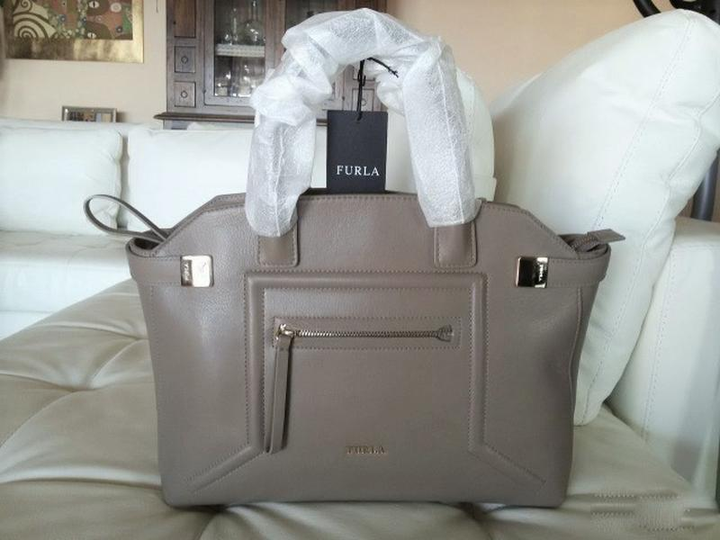 010e90880224 ... Красивущая сумка furla alice, made in italy средний размер. бежевый/нюд.  на ...