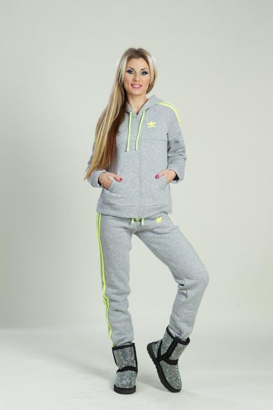 Женский спортивный костюм adidas теплый и мягкий на флисе Adidas ... 6d01af40c50