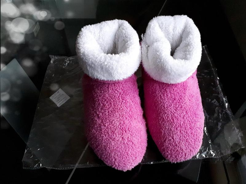 198bd1906e748 ... Мягкие меховые тапочки - домашние сапожки, розовые, новые!3 фото ...