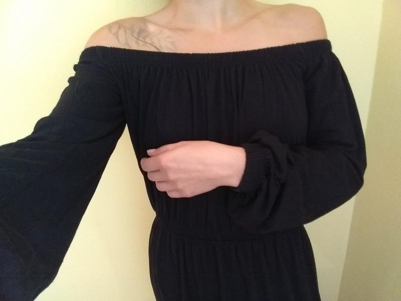 Офігенне плаття asos ebad7d84370a7