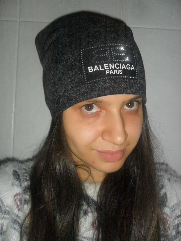 Стильная шапка бини лопата ткань ангора двойная с нашивкой в стиле  balenciaga за 160 грн. ... 45004f2f2295e