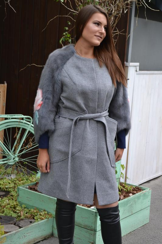 0bf1da7caedc Элегантное кашемировое пальто с рукавами из натурального меха норки, норка,  пальтишко1 ...