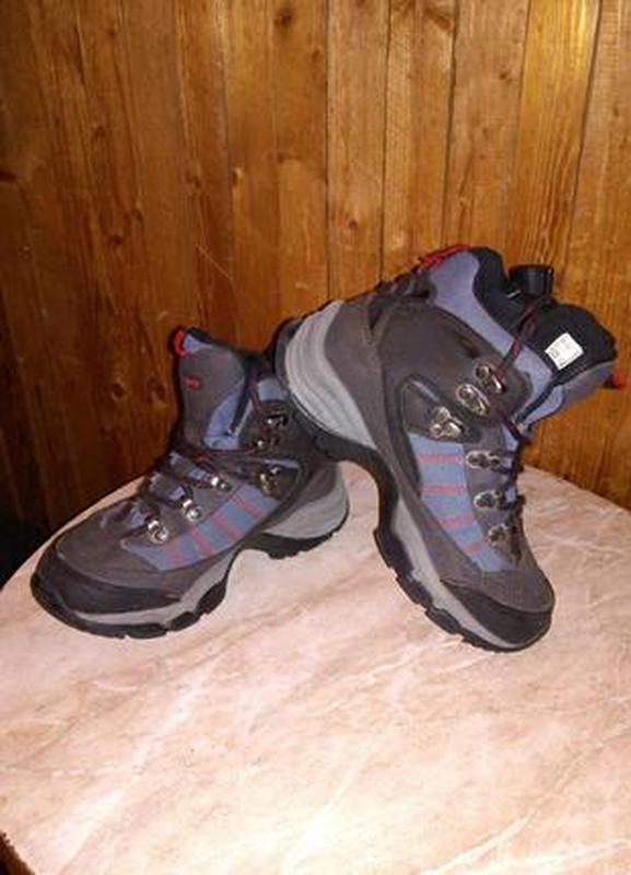 d5d8f7087 Высокие,классные ботинки-кроссовки,размер 35,по стельке 23см,water proof ...