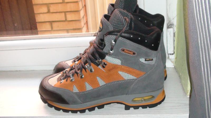 Meindl gore-tex- трекінгові шкіряні черевики. р- 44 Meindl 85573d4554898