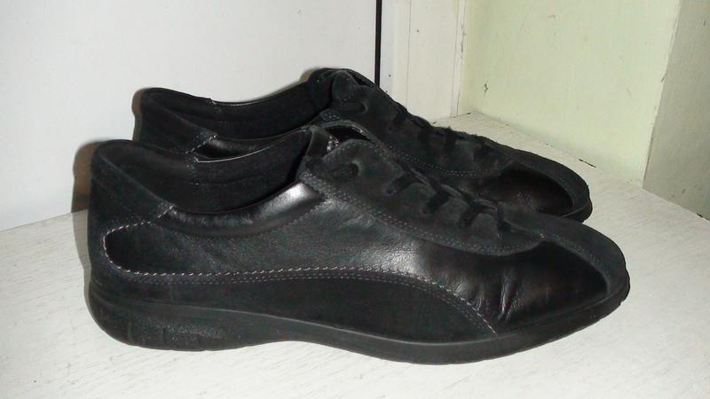 Ecco - шкіряні кросівки. р- 43 (27.5см) Ecco 73a374d5f5d4f