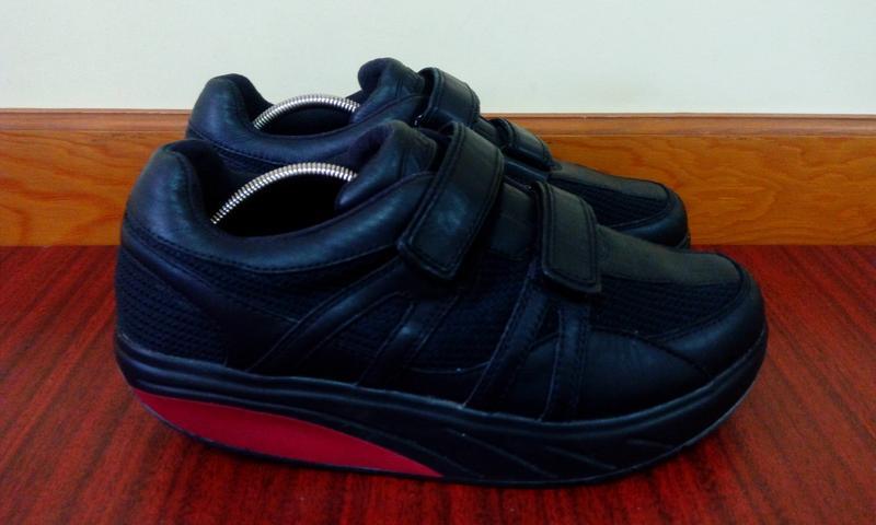 bada4b3c Эффектные комбинированные черные кожаные кроссовки mbt швейцария 41 р.1  фото ...
