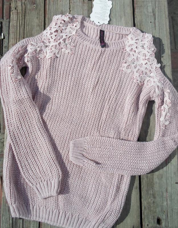 вязаные теплые свитера кофты с открытыми плечами с кружевом с м л 7