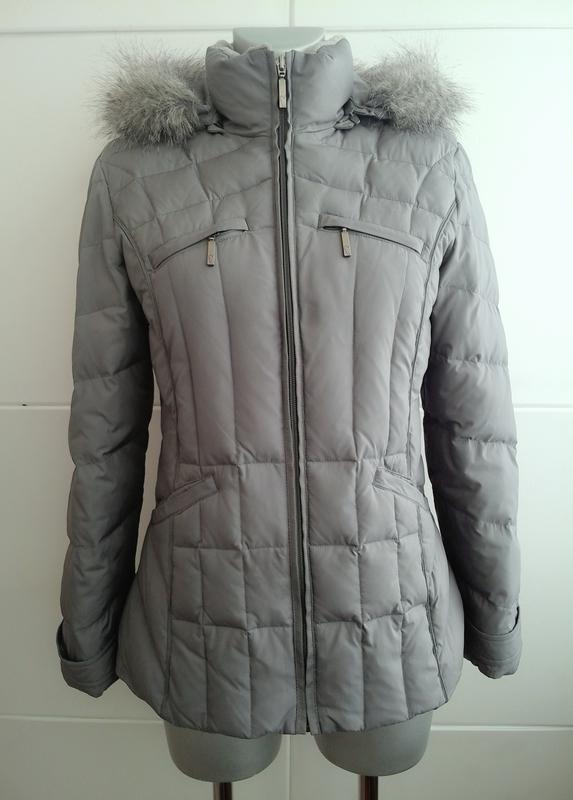 3df523a5717c36 Стильная стёганая куртка-пуховик (70 % пух 30% перо) marks&spenser серого  цвета1 ...