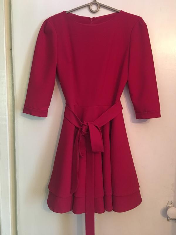 eff005a8199 Красное платье с пышной двойной юбкой и поясом Ручная Работа