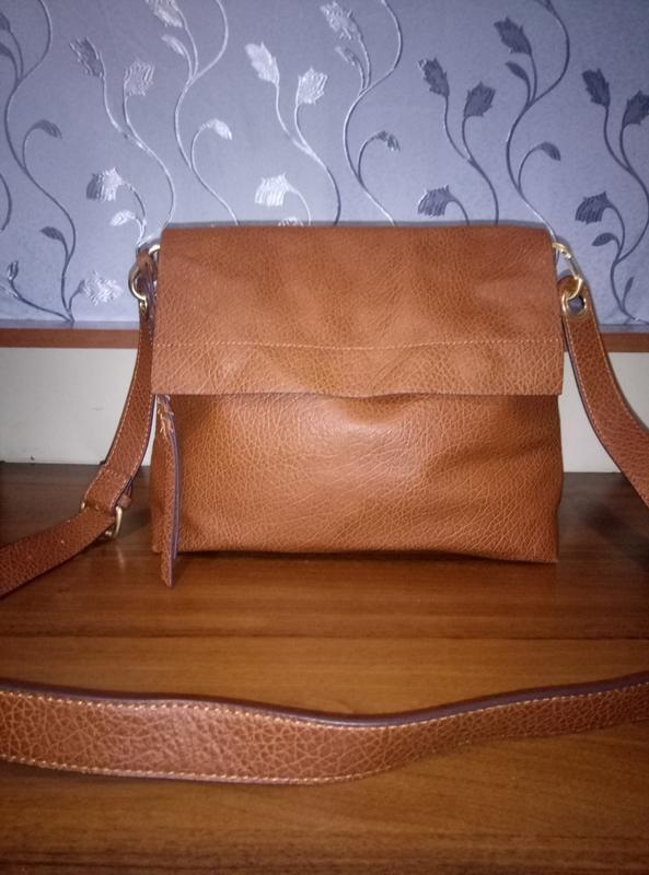 4f0ebd570532 Красивая вместительная кожаная сумка на плечо Италия, цена - 650 грн ...