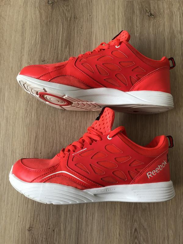 Дышащие женские кроссовки reebok для фитнеса, оригинал. Reebok, цена ... 90fc7715dc3