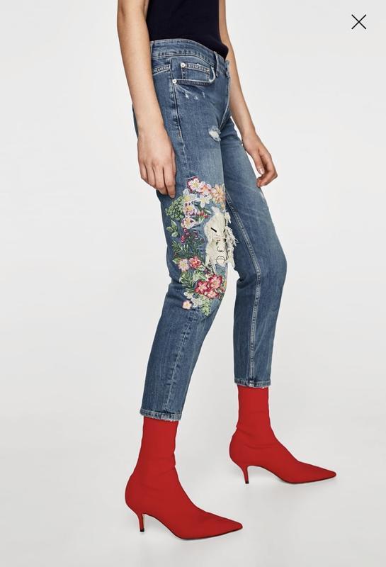 c830e0a4ceb Стильные джинсы бойфренды zara с вышивкой цветами 34 р.1 фото ...