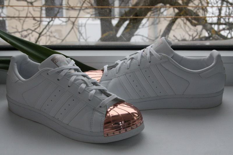 7c5eb83941ea4a Кроссовки adidas superstar metal toe {38р. 38.5р.} оригинал!! -30 ...