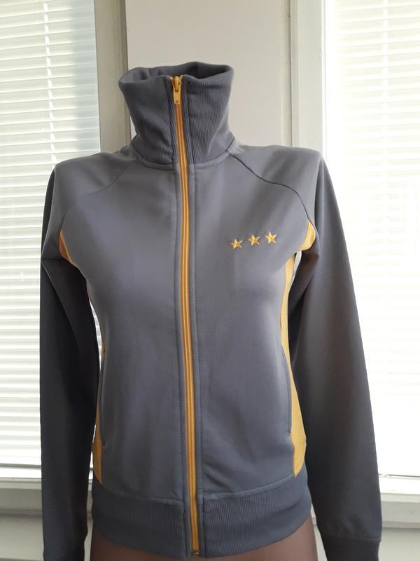 fdc334d21df0 Спортивная кофта,олимпийка Divided, цена - 50 грн,  17125132, купить ...