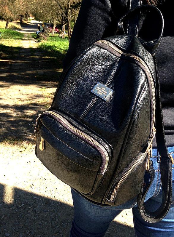 e7a6a7a436ad Крутой черный рюкзак сумка из качественного кожзама, цена - 350 грн ...