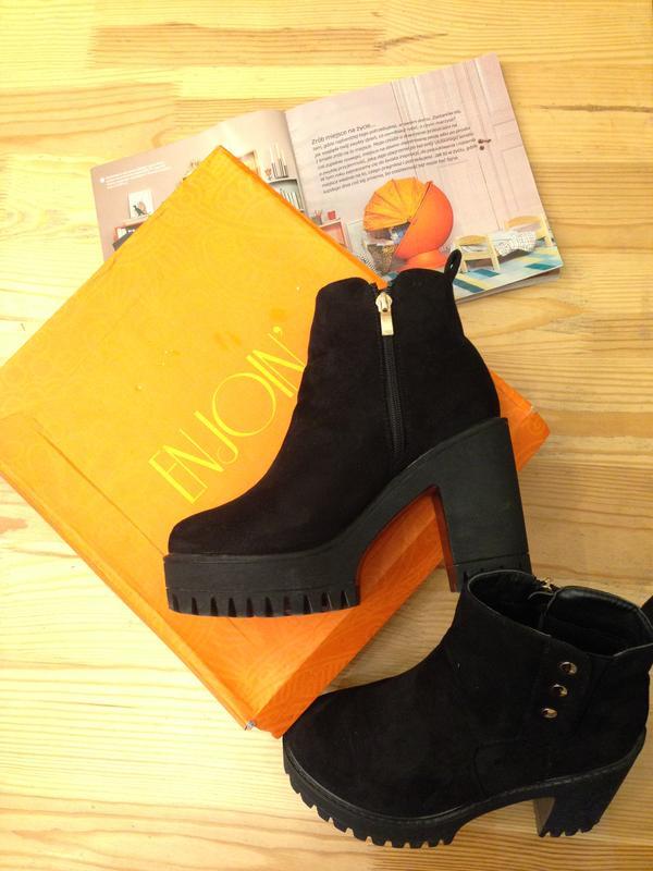 Осіннє взуття черевики ботинки 38 розміру Enjoy f61fbf6e3a766