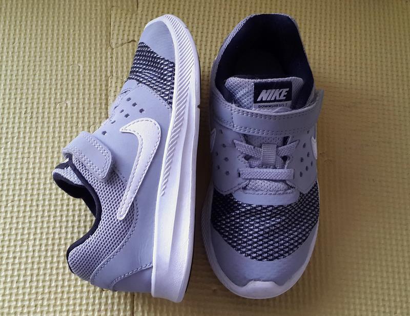 Кросівки nike (2017 р.) 27 розмір Nike 50ff8c03a42d6