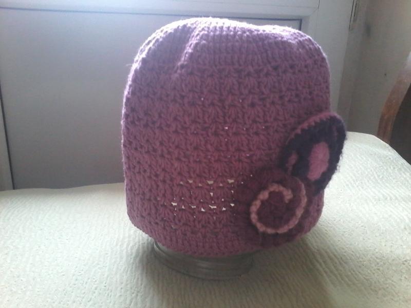 Вязанная шапка ручная работа на 6-8 лет Hand Made 8ed2c82dc2502