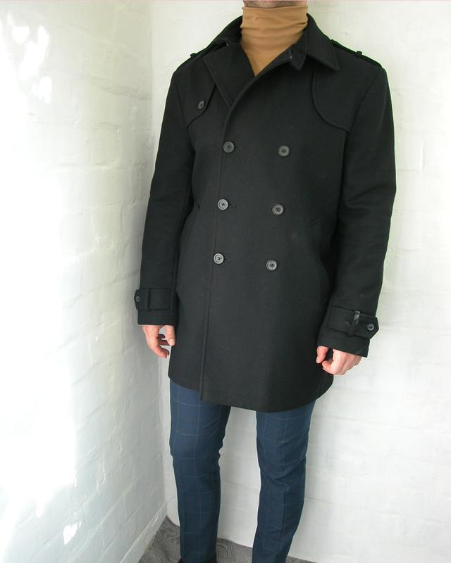 Чорне чоловіче шерстяне пальто1  Чорне чоловіче шерстяне пальто2 ... e37bcc5be6406