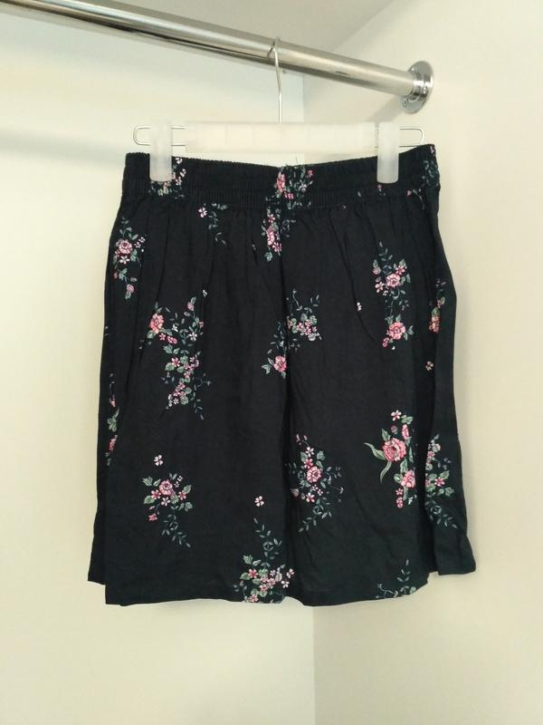 6bc3a43b0d22 Свободная юбка-трапеция pull and bear, цветочный принт Pull&Bear ...