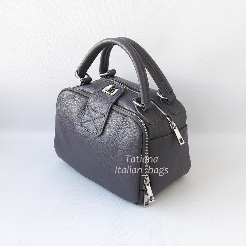 45d27344ba1b Крутая кожаная сумка мини чемоданчик, серая. италия Lavorazione ...