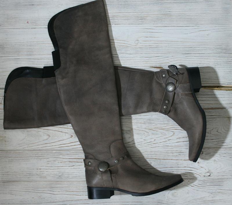 Шикарные кожаные сапоги ботфорты eram за 400 грн.  0f2cbf1254c3f