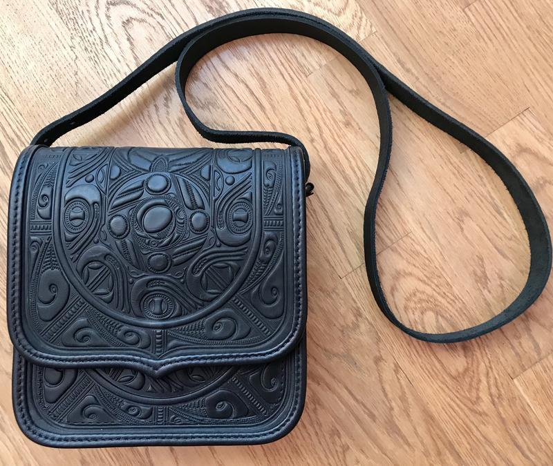 740d60023e1b Большая кожаная сумка ручной работы с авторским тиснением!, цена ...