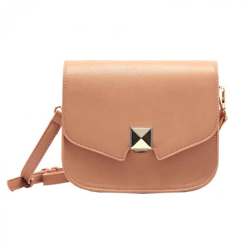 862669bd9e6b Маленькая бежевая сумка на длинном ремешке, цена - 860 грн ...
